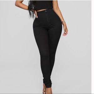 Fashion Nova Super High Waisted Black Skinny jeans